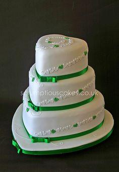 emerald green wedding cakes - Google Search