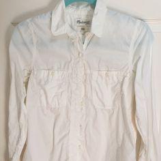 Madewell boyfriend shirt xs Boyfriend fit shirt, off-white. Madewell Tops Blouses