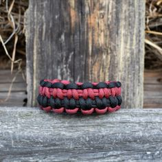 Survival paracord bracelet for men women, Men's braided two-colored outdoor jewelry