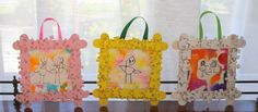 Puzzle Piece Frame and Watercolor Art {Mother's Day Gift} via @https://www.pinterest.com/cmarashian/boards/
