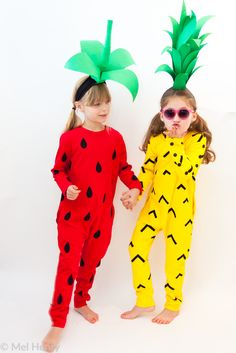 Make a strawberry or pineapple costume from a romper! Kids Halloween idea // Filles a maman