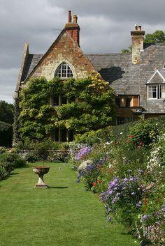 COTON MANOR GARDEN, Northamptonshire
