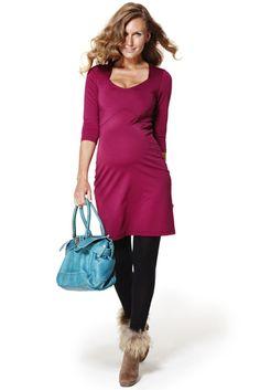 Vestido premama modelo Paola en punto roma con escote de pico y cortes que enmarcan la silueta
