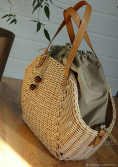 Rattan Basket, Basket Bag, Photography Bags, Paper Weaving, Jane Birkin, Handmade Bags, Basket Weaving, Bag Making, Straw Bag