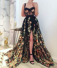Prom Dress For Teens, 2019 Gorgeous Ball Gown Sweetheart Straps Split Colourful Appliques Flower Long Prom Dresses, cheap prom dresses, beautiful dresses for prom. Best prom gowns online to make you the spotlight for special occasions. Elegant Dresses, Pretty Dresses, Awesome Dresses, Floral Formal Dresses, Casual Dresses, Beautiful Gowns, Dream Dress, Dress To Impress, Evening Dresses