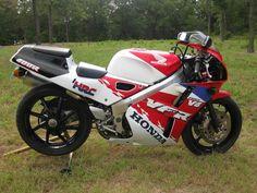 1993 VFR400RR (NC30) - http://get.sm/304tWyO #wera Honda