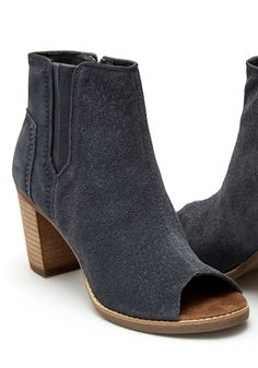 Women shoes High Heels Stilettos Peep Toe -- Women shoes High Heels Stilettos Peep Toe - Comfortiva Arnon Suede Block Heel Bootie - Denim Suede Mid-Heel Short Boots Women Shoes for Winter 6614 TOMS High Heels Stilettos, Peep Toe Heels, Bootie Boots, Shoe Boots, Ankle Boots, Wrap Heels, Leather Heels, Casual Shoes, Shoes Style
