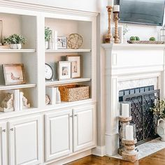 Bookcase Styling - Essential Pieces for a New Look — Jenny Reimold Styling Bookshelves, Decorating Bookshelves, Bookcases, Bookcase Redo, Built In Shelves Living Room, Living Room Decor, Bedroom Decor, Teen Bedroom, Decoration Inspiration