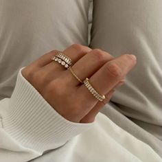 Cute Jewelry, Gold Jewelry, Jewelry Rings, Jewelry Accessories, Piercings, Estilo Kylie Jenner, Nail Ring, Accesorios Casual, Anklets