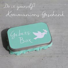 kommunionsgeschenk-selbermachen - Gebetsbox eine wirklich schöne Idee. Monster Party, Box, Gifts, Gift Ideas, Garden, Prayer, Cordial, Invitations, Make Your Own