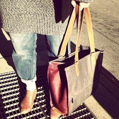 Totes x #tote #morotran #handbags  #morotran #madeinnewyorkcity #beauty #design #inspiration #design #fashion #style #nyc #madeinmanhattan #fashionblog #fashionblogger #blog #blogger #luxuryaccessories #luxuryhandbags