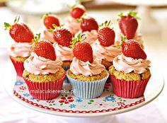 ...Babeczki makowe z różowym kremem   Joma`s kitchen - Food & Drink   Pi…