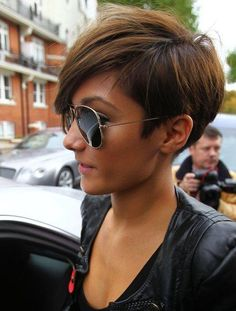 Frankie Bridge at the BBC studios in 2010. http://beautyeditor.ca/2015/04/09/pixie-cut-transition