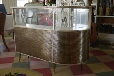 Retro Vintage 50s 60s Cocktail Drinks Cabinet Bar
