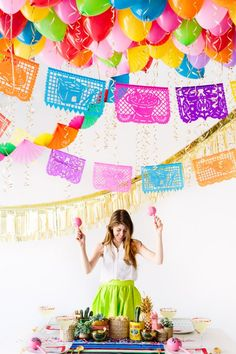 A DIY Balloon-Filled Fiesta | Studio DIY®