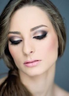 evening eye makeup for the holiday ball