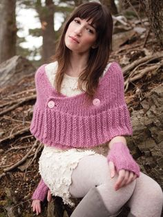 Knitting And Beading Wedding Bridal Accessories and Free pattern: Capelet and Wrap Knit Shrug, Knitted Shawls, Capelet, Knit Or Crochet, Crochet Shawl, Double Crochet, Shawl Patterns, Knitting Patterns, Crochet Capas