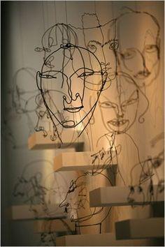 43 Wire Art Sculptures Ready to Emphasize Your Space - Easy Diy Alexander Calder wire sculpture - Alexander Calder, Sculptures Sur Fil, Sculpture Art, Wire Sculptures, Abstract Sculpture, Famous Sculptures, Sculpture Ideas, Bronze Sculpture, Tableaux Vivants