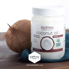 Coconut Oil Found Effective In Treating Atopic Dermatitis (Dry, Itchy, Scaly Skin) Coconut Oil For Fleas, Best Coconut Oil, Coconut Oil For Teeth, Coconut Oil Uses, Coconut Oil Coffee Benefits, Coconut Health Benefits, Organic Superfoods, Oil Pulling, Organic Oil