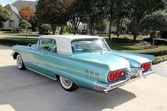 1960 Ford Thunderbird Automatic Coupe