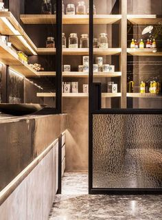 usi glisante pentru bucatarie, debara si balcon Kitchen, pantry and balcony…