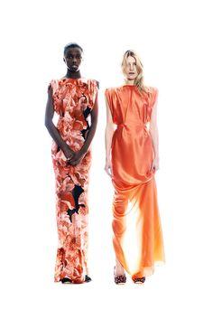 Emanuel Ungaro Pre-Fall 2011 Fashion Show - Leomie Anderson (PREMIER) and Dree Hemingway (ELITE)