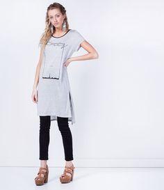 Blusa feminina  Modelo alongada  Manga curta  Gola redonda  Com estampa  Marca: Blue Steel   Tecido: Viscose  Modelo veste tamanho: P     COLEÇÃO VERÃO 2016       Veja outras opções de    blusas femininas.