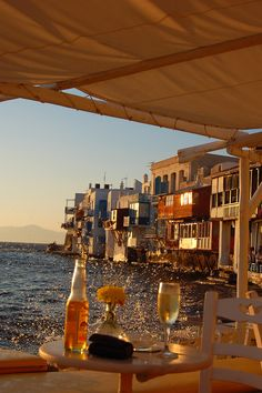 Sunset & Drinks in Mykonos