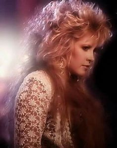 Stevie Nicks...with another hair style I love!