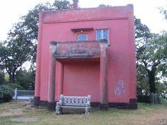 Fonyód - Hungray - Kripta-villa - Az örök szerelem háza - the house of eternal love   http://muzeum.fonyod.hu/kripta.htm