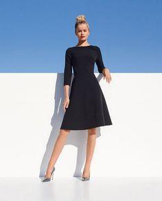 Черное платье А-силуэта