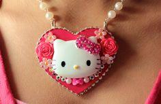 I <3 very cute Hello Kitty necklace.