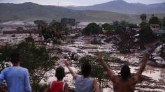 Moradores observam destruição em Bento Rodrigues: MP trata causa natural como improvável