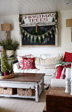 Ideas About Cottage Living Rooms On Pinterest Cottages Living Room