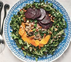 Cookbook author and fitness guru Ella Magers of Sexy Fit Vegan, shares an easy, filling salad recipe.