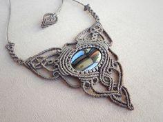 Collana macramè con ematite gioielli della Boemia di QuetzArt