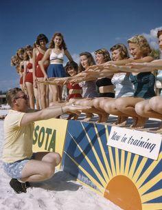 1949 Ballet instructor Ray Ross with the Sarasota Sun-Debs at Lido Beach, Florida Florida Resorts, Visit Florida, Florida Living, Vintage Florida, Old Florida, South Florida, Lido Beach, Captiva Island, Water Activities
