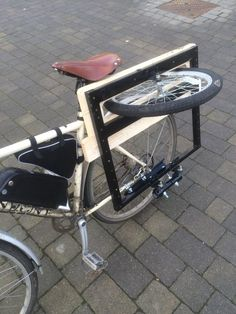 Résultat d'images pour sidecar bicycle Bicycle Cart, Bicycle Sidecar, Velo Design, Bicycle Design, Cool Bicycles, Cool Bikes, Velo Tricycle, Bici Retro, Vintage Bicycles