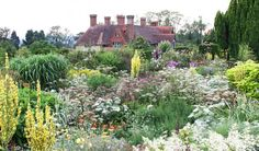 Great British Gardens: Great Dixter in Sussex – A Quintessential English Style Garden
