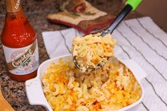 Buffalo Chicken Mac And Cheese - This recipe is perfect for busy weeknights when you need a dish that will satisfy the entire family. It's quick, delicious, and has a great kick. Buffalo Chicken Mac And Cheese Recipe, Macaroni Cheese Recipes, Keto, Shredded Chicken, Casserole Dishes, Crockpot, Chicken Recipes, Cooking Recipes, Dip Recipes
