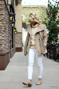 How to wear white pants in winter gray Trendy Ideas White Pants Outfit, Jeans Outfit Winter, Warm Outfits, Winter Outfits, Winter Clothes, How To Wear White Jeans, How To Wear Scarves, Midi Skirts, Winter Dresses