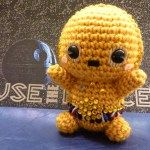 Check out the cutest C3PO Amigurumi doll ever made in the entire Star Wars universe, posing with his old pal R2D2!