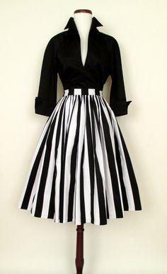 50 Best Audrey Hepburn Style in 2017 – – Women's Fashion Retro Mode, Vintage Mode, Vintage Style, Vintage Black, Retro Vintage, Look Fashion, Retro Fashion, Womens Fashion, Fashion Vintage
