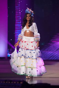 Miss Universe National Costumes 2015  Maurituis