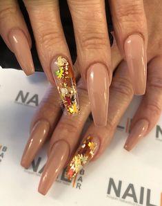 Autumn nails 🍁🍂 from PrayForAnnie nailart nailartclub nails instanails nailstagram nailitdaily nailartaddict… 552113235570151634 Fall Gel Nails, Aycrlic Nails, Summer Acrylic Nails, Hot Nails, Best Acrylic Nails, Acrylic Gel, Perfect Nails, Gorgeous Nails, Pretty Nails
