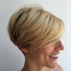 Blonde Pixie Bob For Fine Hair