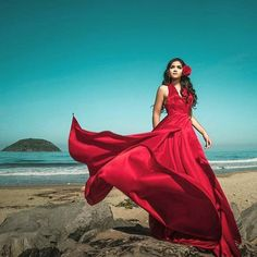 Earnest worked quinceanera ideas Add your comment Beach Photography Poses, Fabric Photography, High Fashion Shoots, Fashion Poses, Pretty Quinceanera Dresses, Quinceanera Ideas, Red Flowy Dress, Red Frock, Windy Skirts