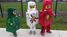 From Living ithaca: Halloween 2014 - we were Lego Ninjago characters :) Lego Halloween, Halloween 2014, Holidays Halloween, Halloween Crafts, Halloween Party, Halloween Costumes, Lego Ninjago, Ninjago Party, Homemade Kinetic Sand