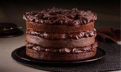Veja as melhores receitas de Naked Cake, também chamado de bolo pelado ou rústico. Aprenda como fazer o Naked passo a passo!
