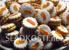 Meruňkové koláčky s polevou